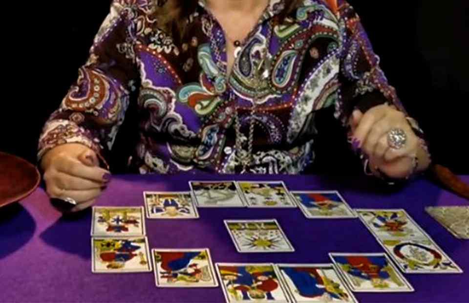 Free Interactive Tarot